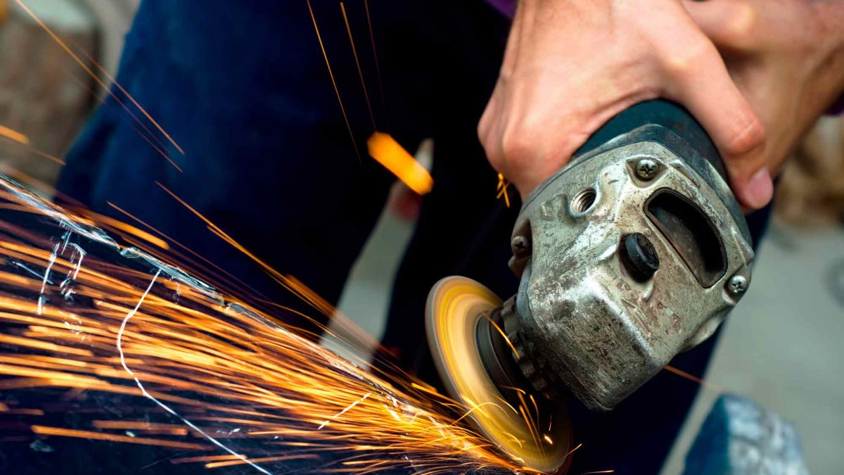 Best Angle Grinder – Reviews & Buyer's Guide