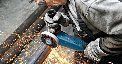 How to Use an Angle Grinder?