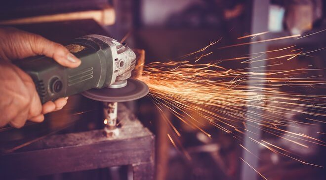 Disc Grinder vs. Angle Grinder and Which One to Use