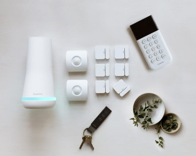 Does SimpliSafe Come with A Siren? How Loud Is It?